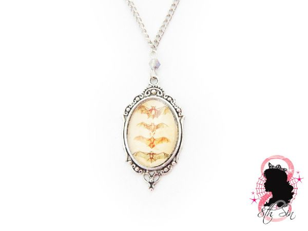 "1.5"" Antique Silver Bat Cameo Necklace"